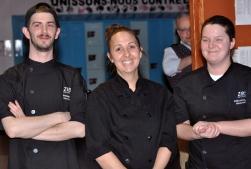 Les chefs qui assurent en cuisine